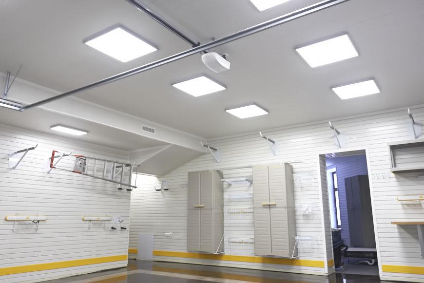 Купить светодиодный потолочный светильник в гараж