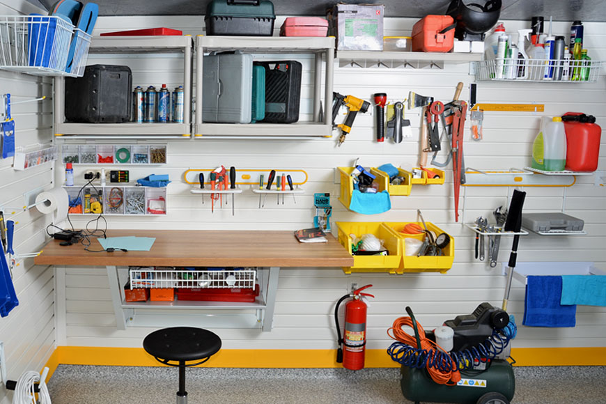 Организация рабочего места в гараже своими руками