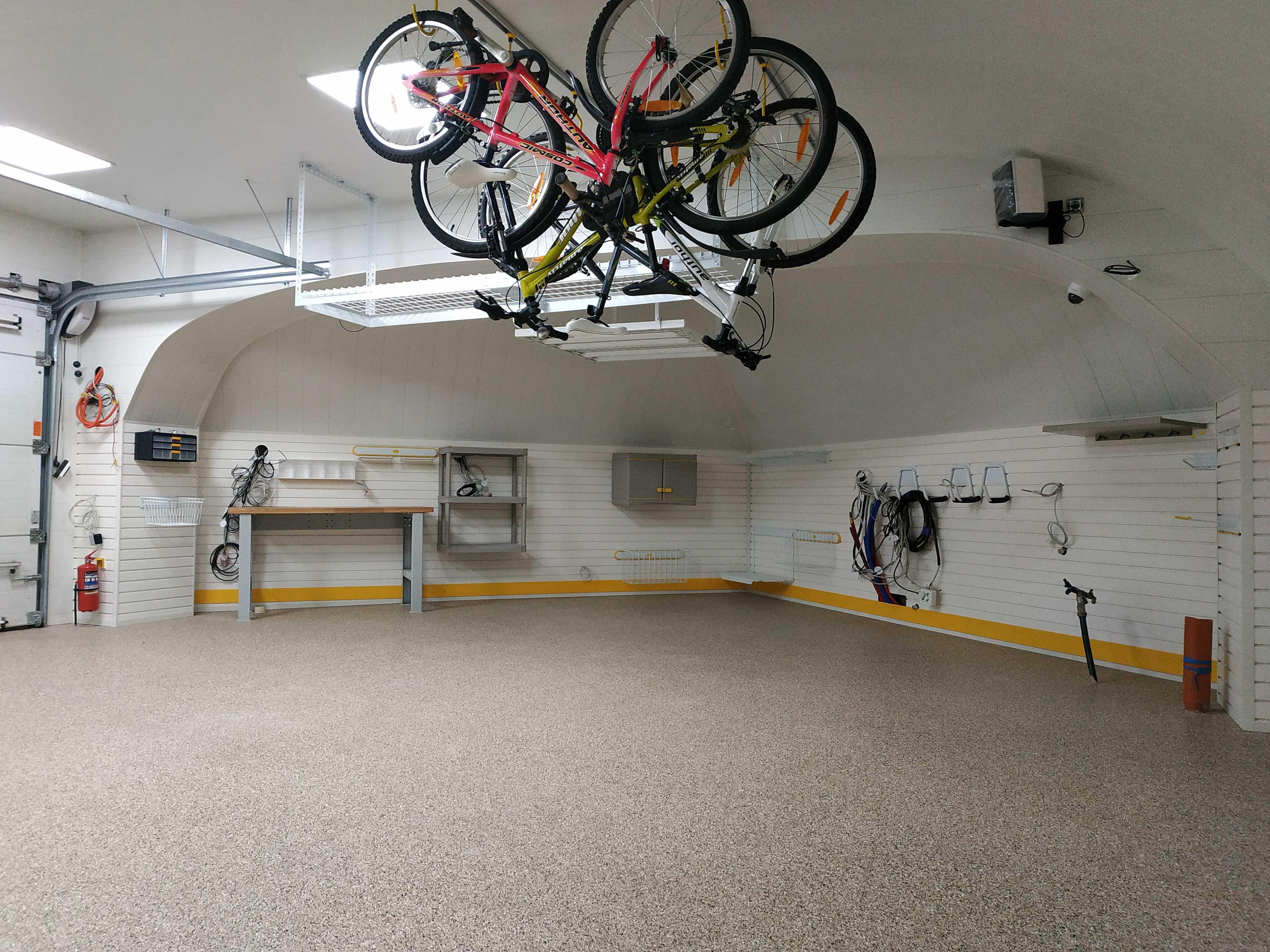 Обустройство гаража нестандартной формы