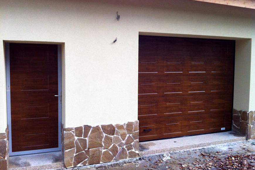 Установка ворот и калитки в гараже